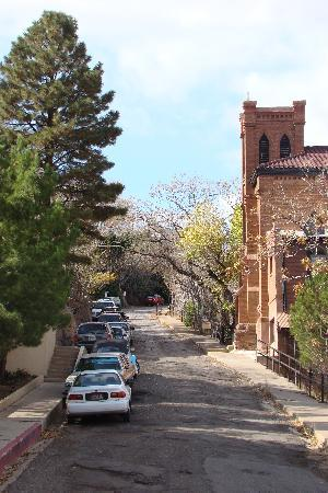 Jerome State Historic Park: A quite historic road