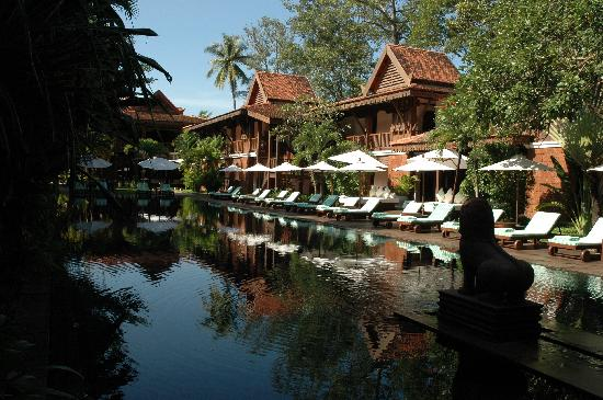 Belmond La Résidence d'Angkor: The hotel pool and some of the rooms