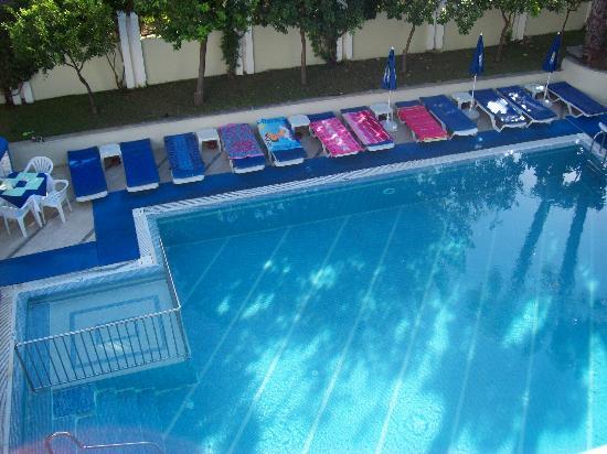 Princess Orange Apartments: The apartments view, around the pool.