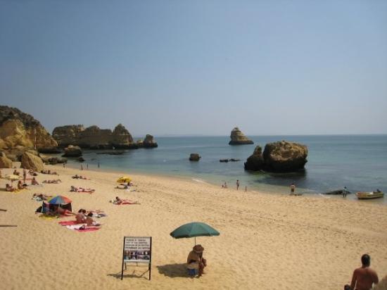 Praia Dona Ana Photo
