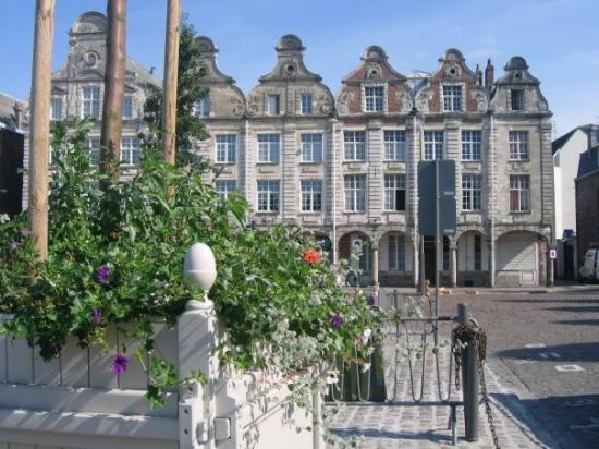 Αρράς, Γαλλία: Grand Square Arras