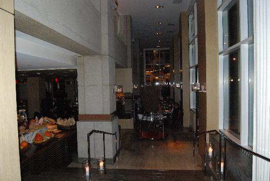 Blue Duck Tavern: interior