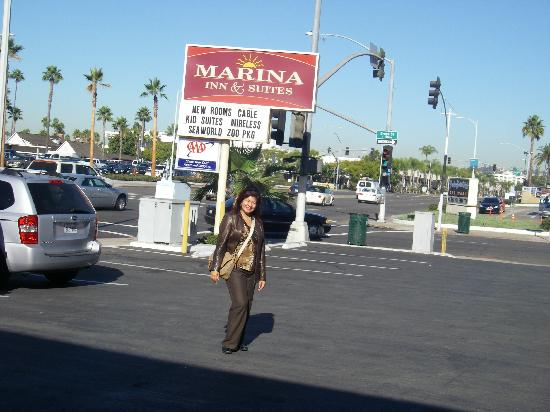 Marina Inn and  Suites: In front of the Marina Inn parking lot