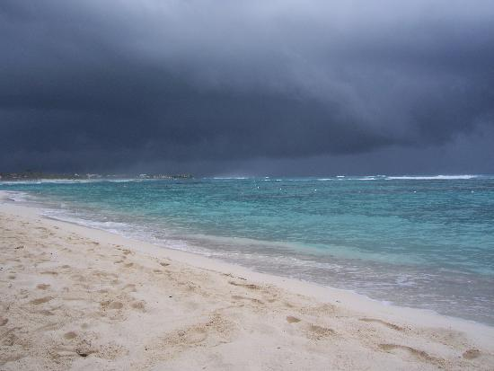 Grand Bahia Principe Coba : Beach View - Tropical Depression Remnants of Hurricane Ida