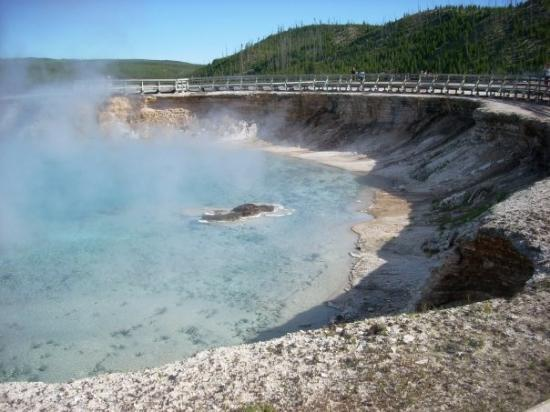 Excelsior crater, Midway Geyser Basin