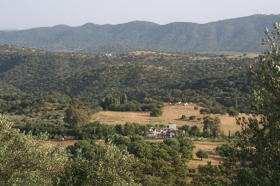 Las Navezuelas: Panoramica en verano