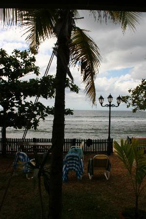 Tamarin Bay: The view from our cottage in Tamarin