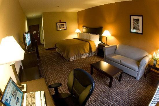 Best Western Plus Circle Inn: Guest Room