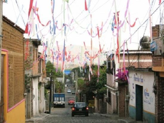Tepoztlan, Mexico: Typical street in town
