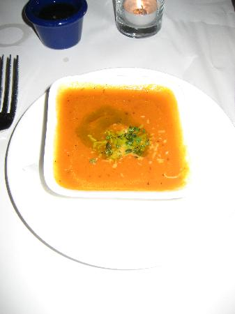 Yabbies Coastal Kitchen : roasted red bell pepper soup