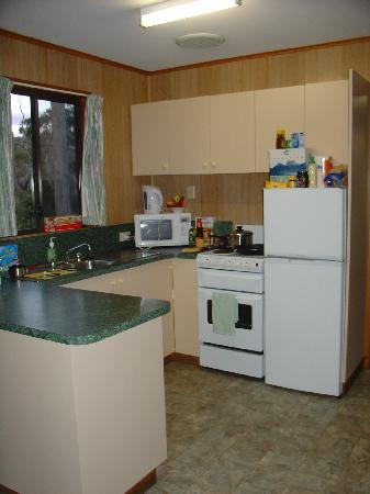 Port Arthur Holiday Park: Self caterers enjoy (Deluxe Cabin)