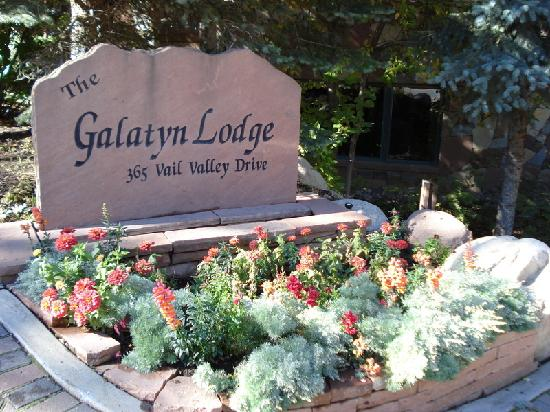The Galatyn Lodge: Front Entrance Sign