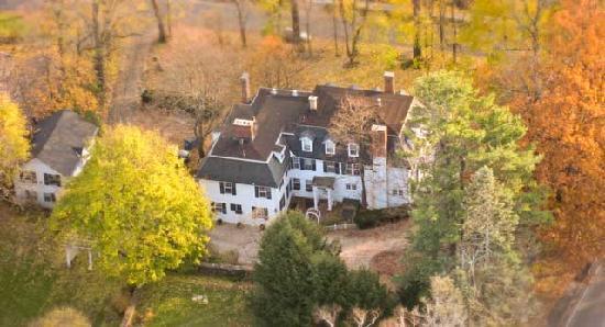 Birchwood Inn : Arial View of Birchwood
