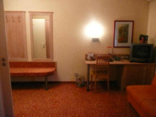 Hotel Adria Munchen: Sitting area