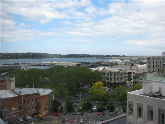 Scenic Hotel Dunedin City: The harbour view