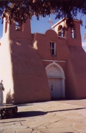 Ranchos De Taos, NM: This church was built in the late 1700s/early 1800s out of timber and adobe.  It's located in Ta