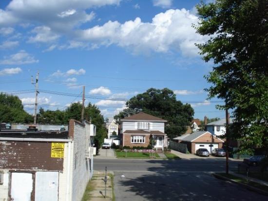 Hewlett, NY: A Beautiful Day in L.I...