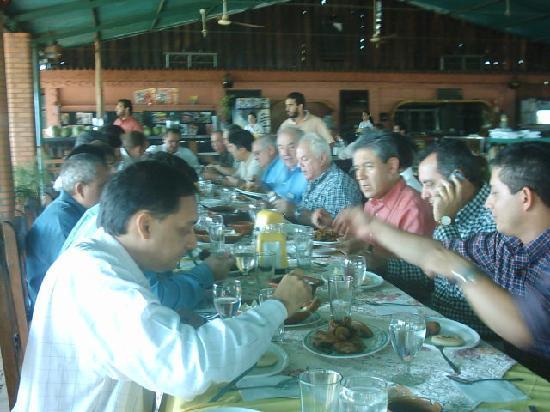 Valle de La Pascua, Venezuela: Almuerzo de negocio