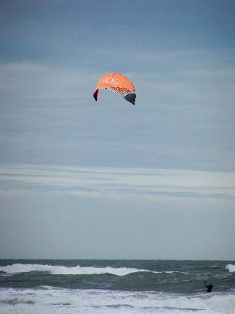 Cypress House Inn: kite surfing