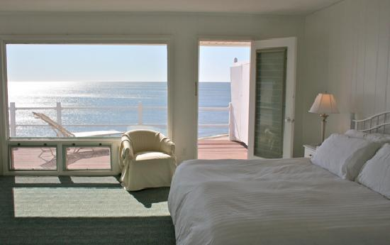 Panoramic View: Point of View - Resort Room