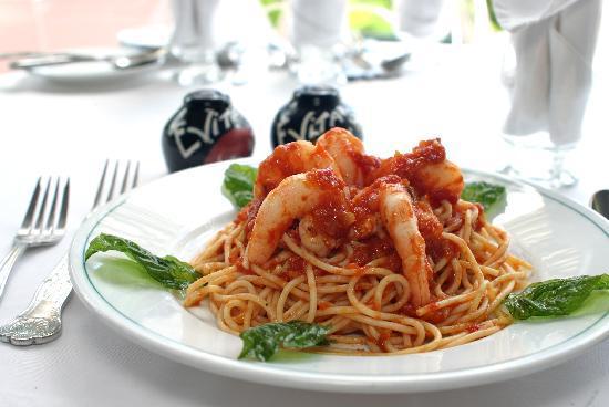 Evita's Italian Restaurant: 'Jerk' Shrimp Spaghetti