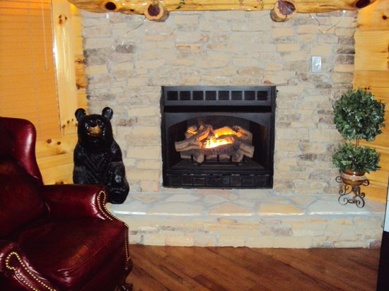 Smoky Cove Chalet and Cabin Rentals: one of 3 fireplaces