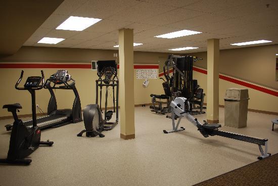 BCMInns - Hinton : Fitness Center
