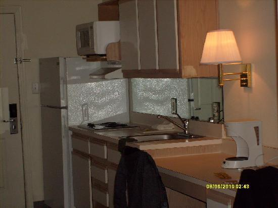Austin Extended Stay Hotel: Entry to room