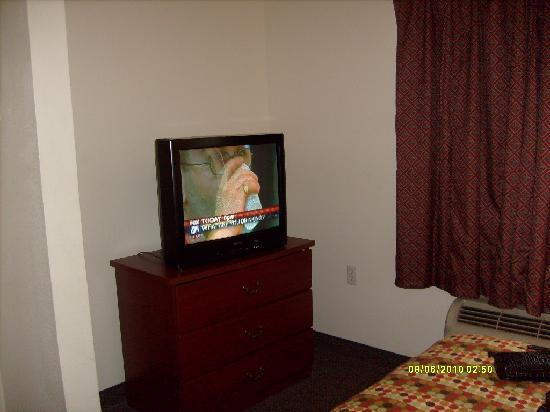Austin Extended Stay Hotel: Tv with basic cable