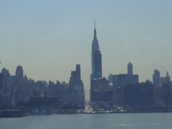 Private VIP Tours, Skip the Line, Address, Facts. The Empire State Building is one of the most popular attractions in New York City, both for the tour and history of the building as well as the spectacular views of New York City it offers from the Observation Decks.