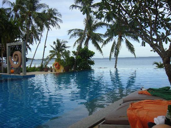 New Star Beach Resort: The beautiful pool