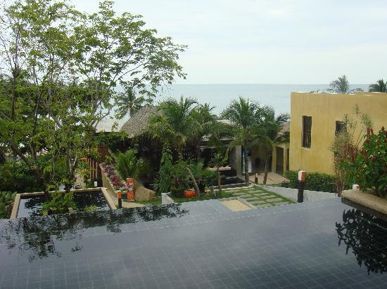 New Star Beach Resort: the view from reception