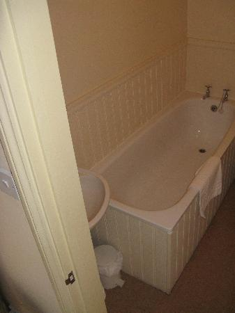 The Wife of Bath: Bathroom in Other Room