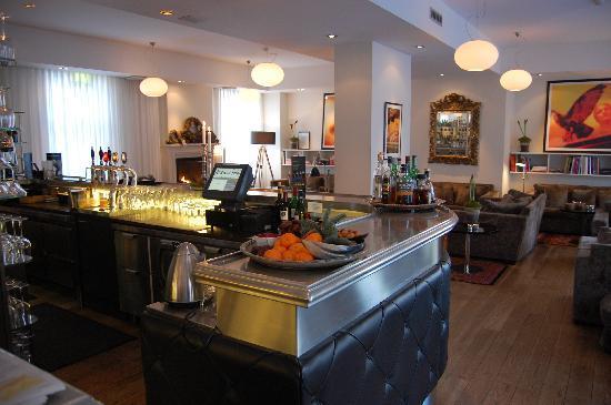 Avenue Hotel Copenhagen : Reception and bar