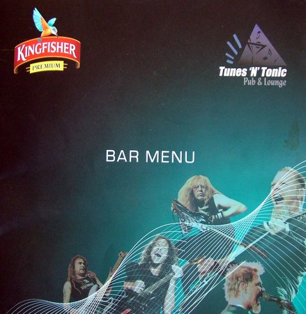 Hotel Adhi Manor: Tunes 'n' Tonic Pub & Bar !