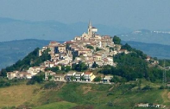 Morrone del Sannio, Italien: panorama del borgo