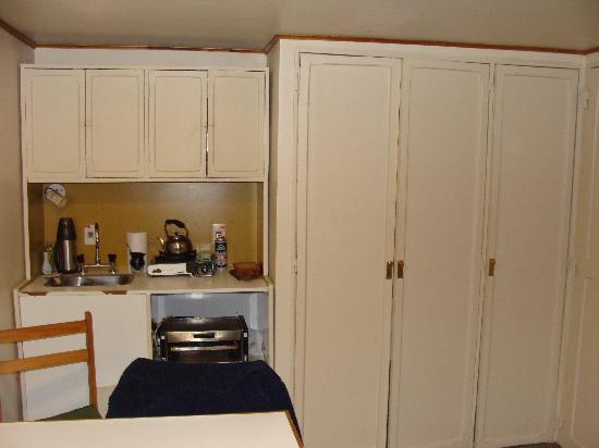 Soft Bariloche Hotel: cocina de apart...un poco incomoda