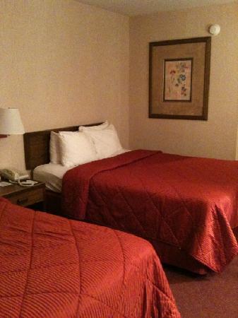 Comfort Inn Manistique: Bed