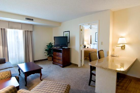 Homewood Suites by Hilton Raleigh Crabtree Valley: All large two room suites!