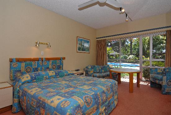 Angus Inn Hotel: Poolside Suite