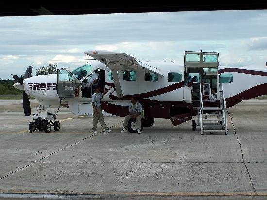 Coco Beach Resort: Small plane ride to San Pedro and fun