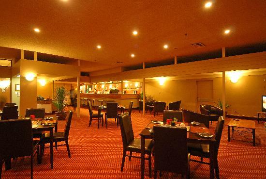 Angus Inn Hotel: Resturant 2