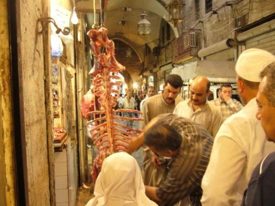 Aleppo Souk: Świeże  mięsko.