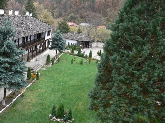 5 Things To Do Near Troyan National Museum Of Folk Art And