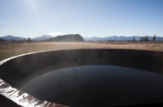 Mountain Range Boutique Lodge: Outdoor Garden Hot Tub