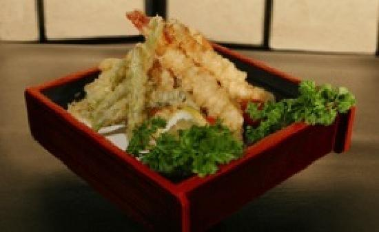 Robata of Tokyo: Shrimp & vegetable tempura