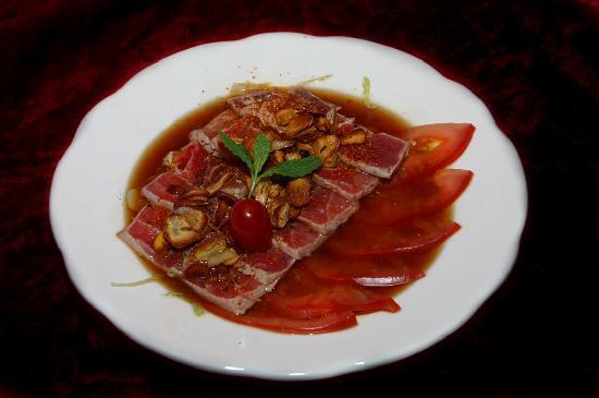 Robata of Tokyo: Tuna carpaccio