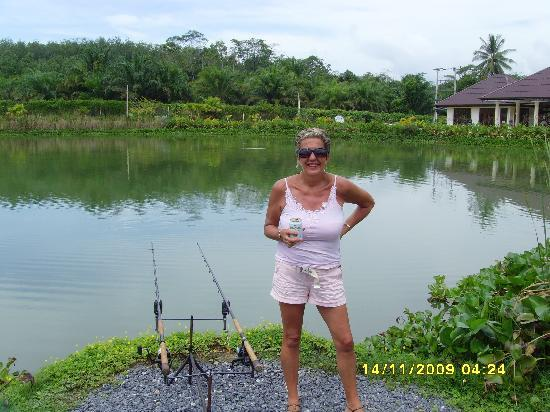 Gillhams Fishing Resorts: At the lake