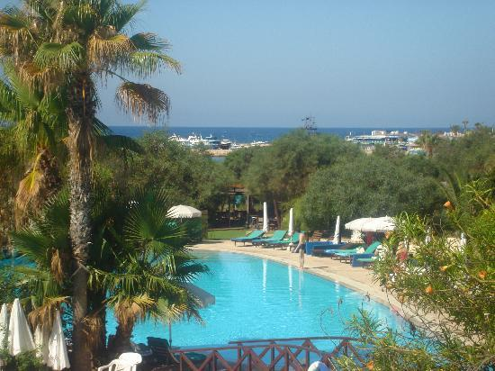 Grecian Bay Hotel : Beautiful views from Bar Balcony