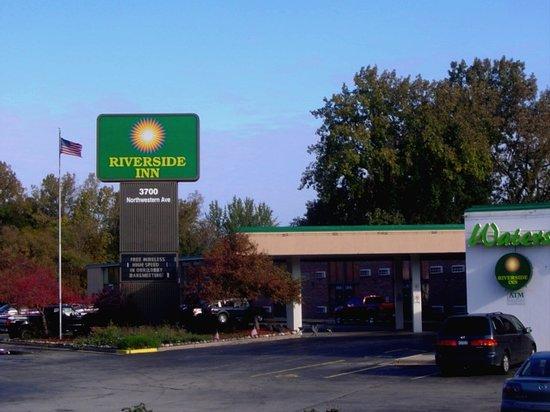 Photo of Riverside Inn Racine